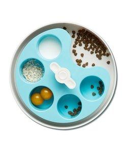 SPIN interactive feeder